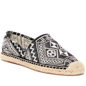 New Size 5.5 Rebecca Minkoff Aztec Espadrille